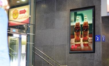 نوشابه زیرو کوکاکولا - ادیت برچسب روی شیشه